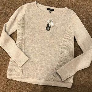 Kenneth Cole cute grey sweater